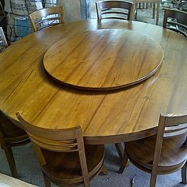 Round Table Dining Set